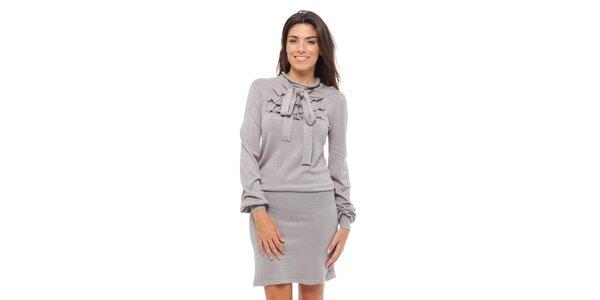 Dámske svetlo šedé úpletové šaty Strena s viazankou