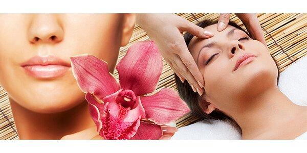 Čistenie pleti a relaxačná masáž tváre a dekoltu