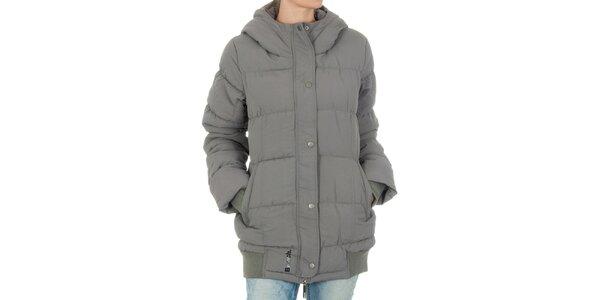Dámska šedá bunda Bench s kapucňou