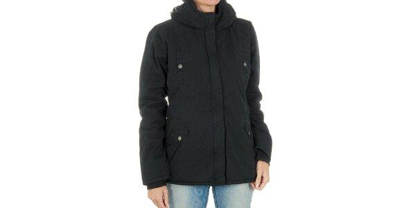 Dámska čierna bunda Bench