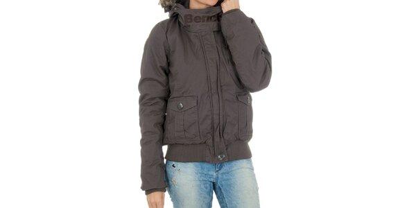 Dámska hnedá bunda s kapucňou a kožúškom Bench