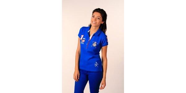 Dámske sýto modré polo tričko Valecuatro s farebnými nášivkami