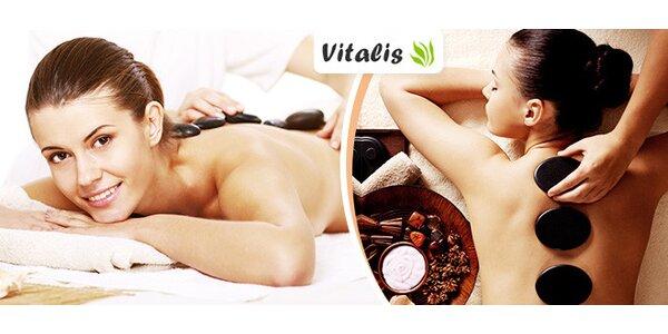 Relaxačná masáž lávovými kameňmi