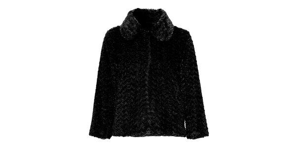 Dámsky čierny kabát s umelou kožušinkou Yumi