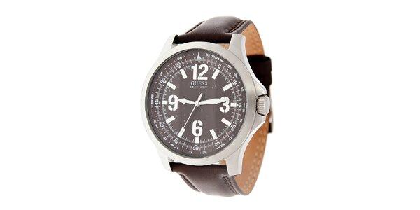 Pánske tmavo hnedé hodinky Guess s koženým remienkom