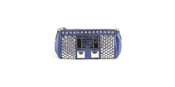 Dámska tmavo modrá kabelka Guess s kovovými cvokmi