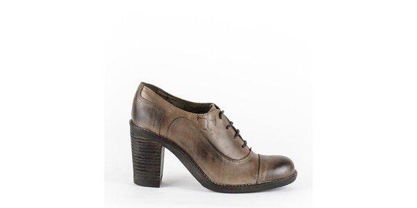 Dámske hnedé šnurovacie topánky na opätku Goldmud