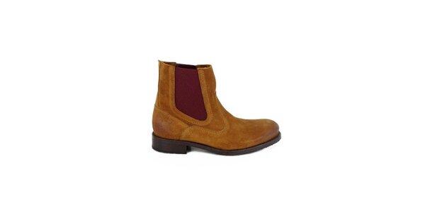 Dámske koňakovo hnedé semišové chelsea topánky Goldmud
