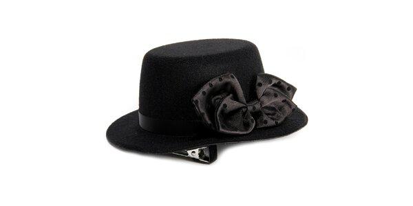 Dámsky čierny klobúk s mašľou Pepa Loves