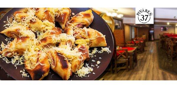 Krehké syrovo-šunkové pizza rožky