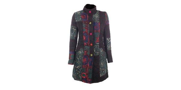 Dámsky farebný kabát s vyšívanými gombíkmi DY Dislay Design