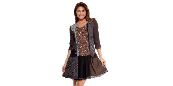 Dámske čokoládové šaty s potlačou Peace&Love