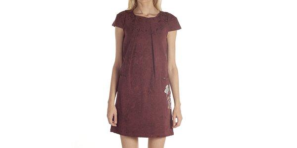 Dámske šaty s výšivkou Laga