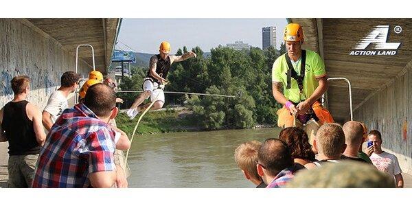 Kyvadlový zoskok z mosta Lafranconi. Adrenalín na maxime