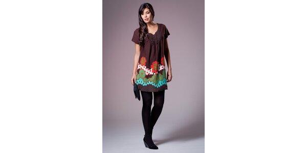 Dámske tmavo hnedé šaty Ada Gatti s farebným vzorom