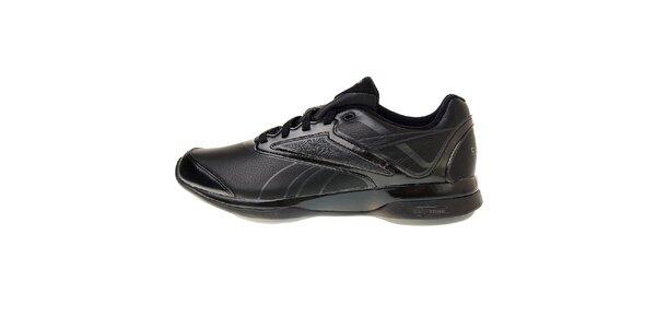 Dámske čierne športové topánky Reebok s technologiou EasyTone