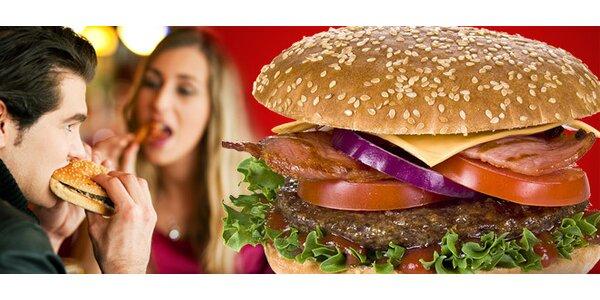 Dvojitý hovädzí burger s chrumkavou slaninkou