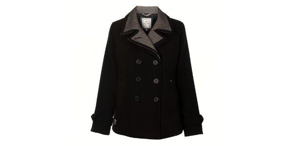 3473976d60b2 Zima ešte nekončí! Dámske zimné bundy a kabáty za skvelé ceny. Táto kampaň  už skončila. Dámsky čierny zimný kabát Timeout