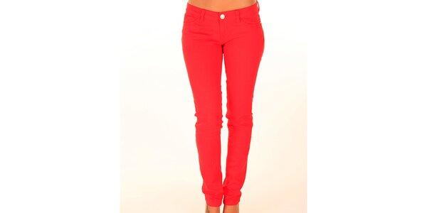 Dámske červené džínsy New Caro