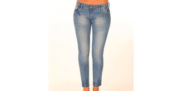 Dámske svetlo modré džínsy so švami New Caro