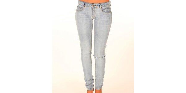 Dámske svetlo modré úzke džínsy New Caro