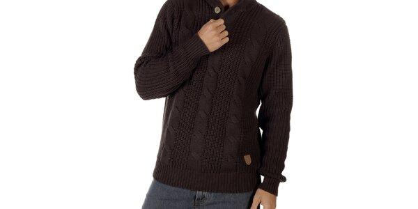 Pánsky tmavo hnedý sveter s vrkočovým vzorom CLK