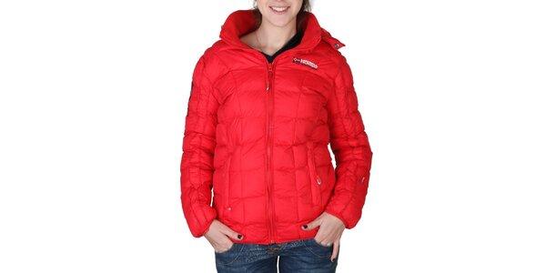 Dámska červená prešívaná bunda s kapucňou Geographical Norway