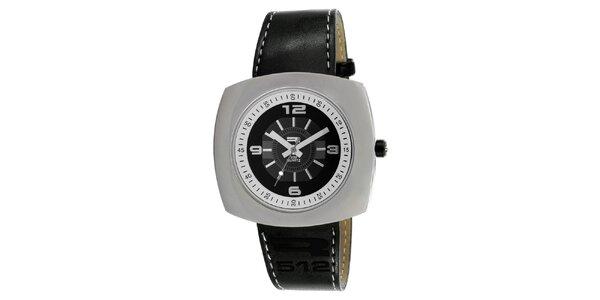 Analógové hodinky so širokým oceľovým púzdrom RG512