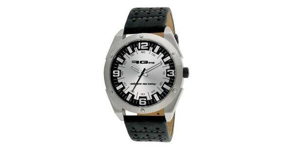 Strieborné analógové hodinky s oceľovým púzdrom RG512