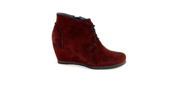 Dámske červené semišové topánky na kline Eye