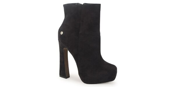Dámske hnedé semišové členkové topánky na atypickom opätku Blink