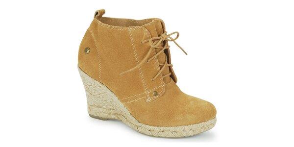 Dámske béžové topánky na klinovom opätku Blink