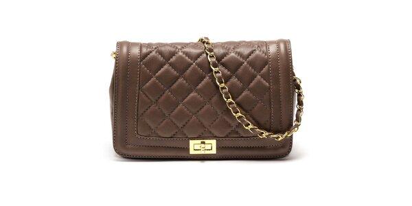 Dámska hnedá kabelka s retiazkovým popruhom Carla Ferreri