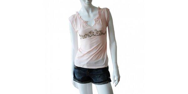 Dámske svetlo ružové tričko Nolita s kovovými krúžkami a korálkami