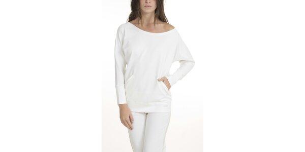 Dámska krémovo biele pyžamo QBO