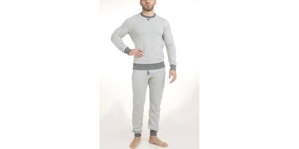 Pánske svetlo šedé pyžamo - tričko a nohavice QBO