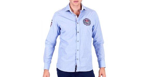 Pánska svetlo modrá športová košeľa s výšivkami Galvanni