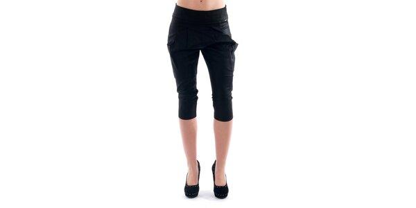 Dámske čierne 3/4 nohavice Amy Gee