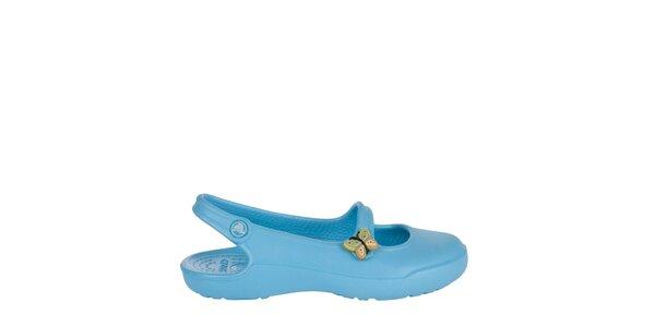 Dievčenské bledomodré papuče s motýlikom Crocs