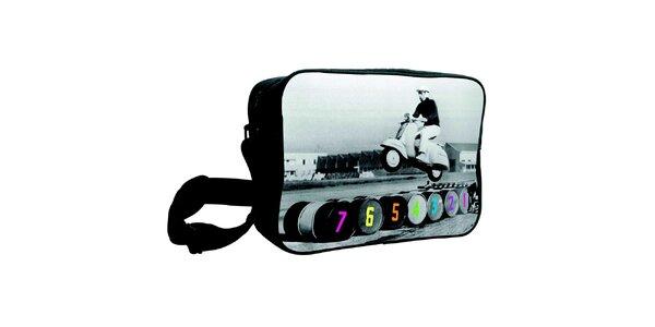 Šedočierna taška s potlačou Kothai