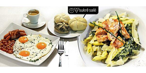 Chutné jedlo v SukréSalé