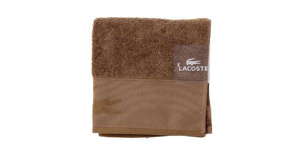 Orieškovo hnedý uterák Lacoste