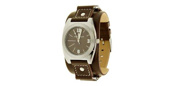Štýlové oceľové hodinky Tom Tailor s tmavo hnedým koženým remienkom