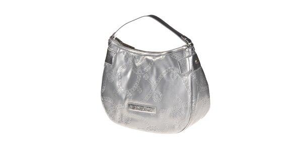 Dámska strieborná kabelka s reliéfnym povrchom Versace Jeans