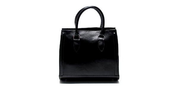 Dámska čierna kabelka Renata Corsi so zaobleným dnom