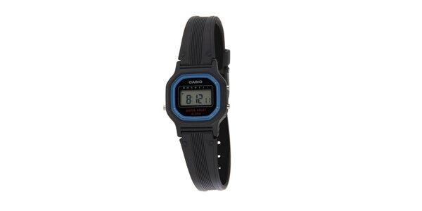Dámske čierne digitálne hodinky Casio s modrým lemom