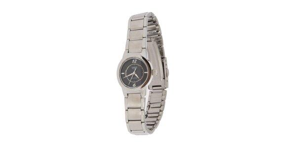 Dámske oceľové hodinky Casio s čiernym ciferníkom