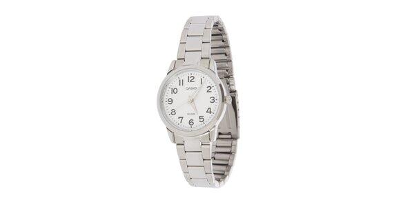 Dámske oceľové hodinky Casio s bielym ciferníkom