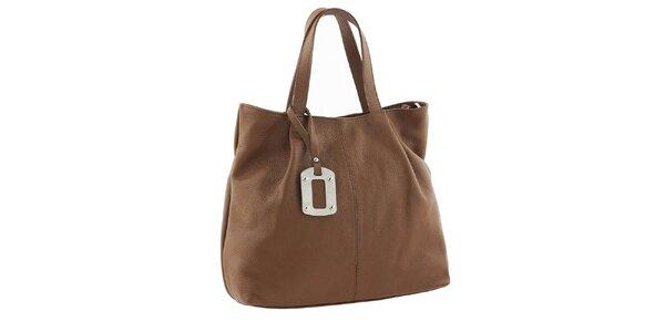 Dámska hnedá kabelka s visačkou Classe Regina