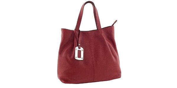 Dámska červená kabelka s visačkou Classe Regina
